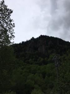 層雲峡の奇岩群。夏は木が茂るのでちょっと見えにくくなりますね。